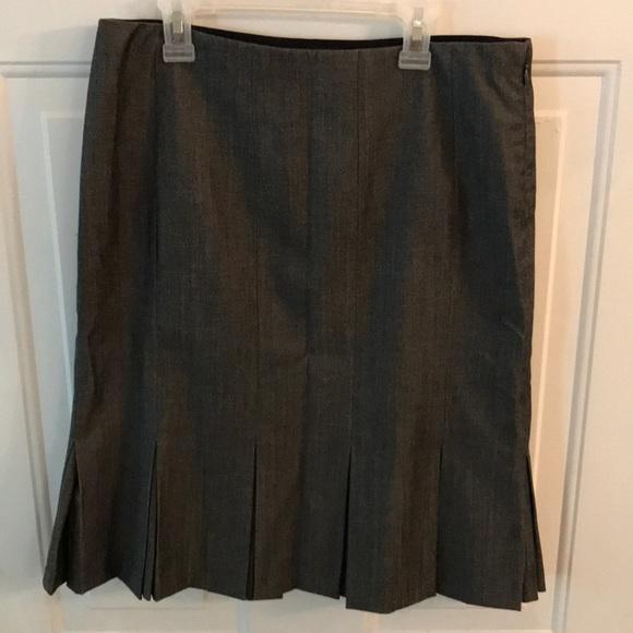 GAP Dresses & Skirts - GAP Stretch Womens Grey Skirt